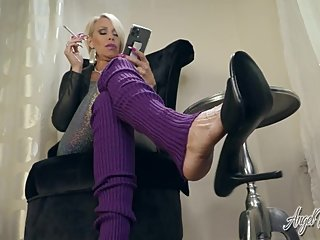 Smoking And Heels Dangling - Ignore - Nikki Ashton