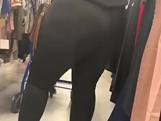 Fat booty Latina black legging