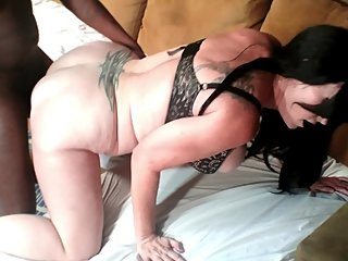 Mom's Need Cock, too! MILF gets Creampie from Young BBC