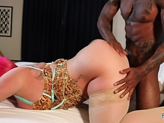 Thick Milf takes BBC in hotel