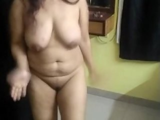 Out of sense drunk MILF dancing like a whore
