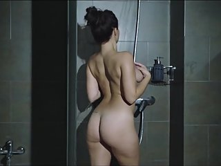 SEXIEST SHOWER I HAVE EVER SEEN TEEN GORGEOUS