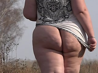 Exhibitionism beautiful juicy bbw outdoors