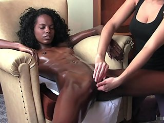 EBONY TEEN SUPER MODEL RELEASE MASSAGE