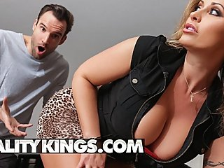 Reality Kings - Thicc busty milf Eva Notty rides younger cock