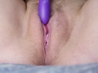 Amateur Teen Fucks Herself With Dildo Until She Creams While Talking Dirty