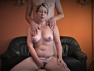 EBP BONNIE - FUCK MY WET PUSSY ON THE COUCH
