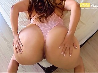 THICK ASS WIFE TELL TO HER HUSBAND TO OILED UP AND FUCK HER