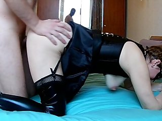 Submissive MILF slut fucked in leather stockings and cum in her cunt