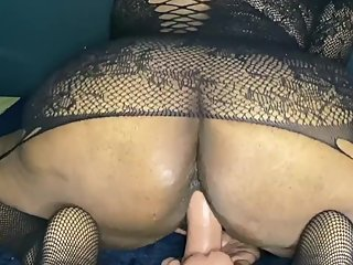 Toying my pussy