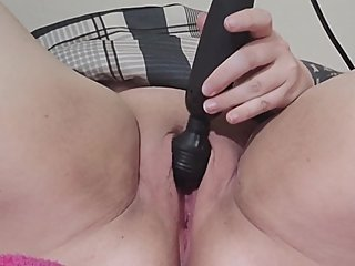 Wand Play Makes BBW Squirt