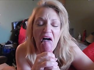 Very hot older lady making cum dick with her tongue