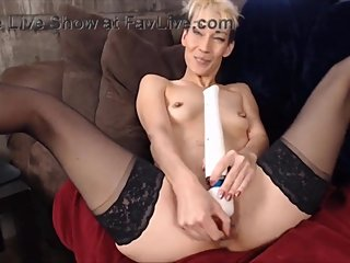 Long lean Asian mix Eve with gaping vagina and firm nice ass