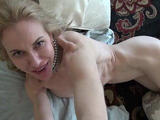 American Milf Virtual Sex and Tease